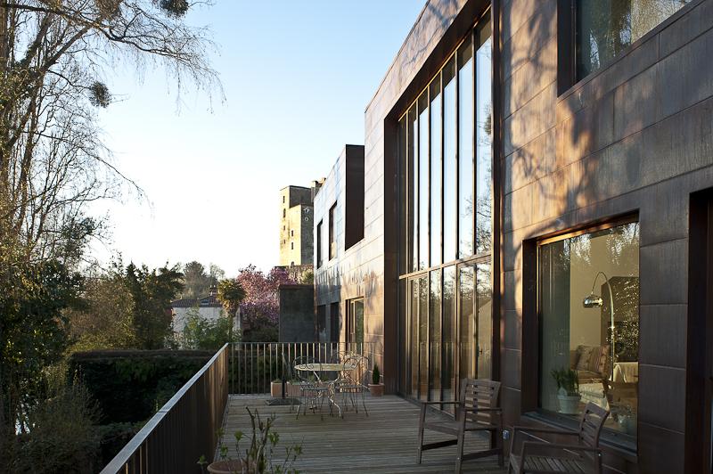 Maison individuelle topos architecture annick bienfait for Amperage maison individuelle
